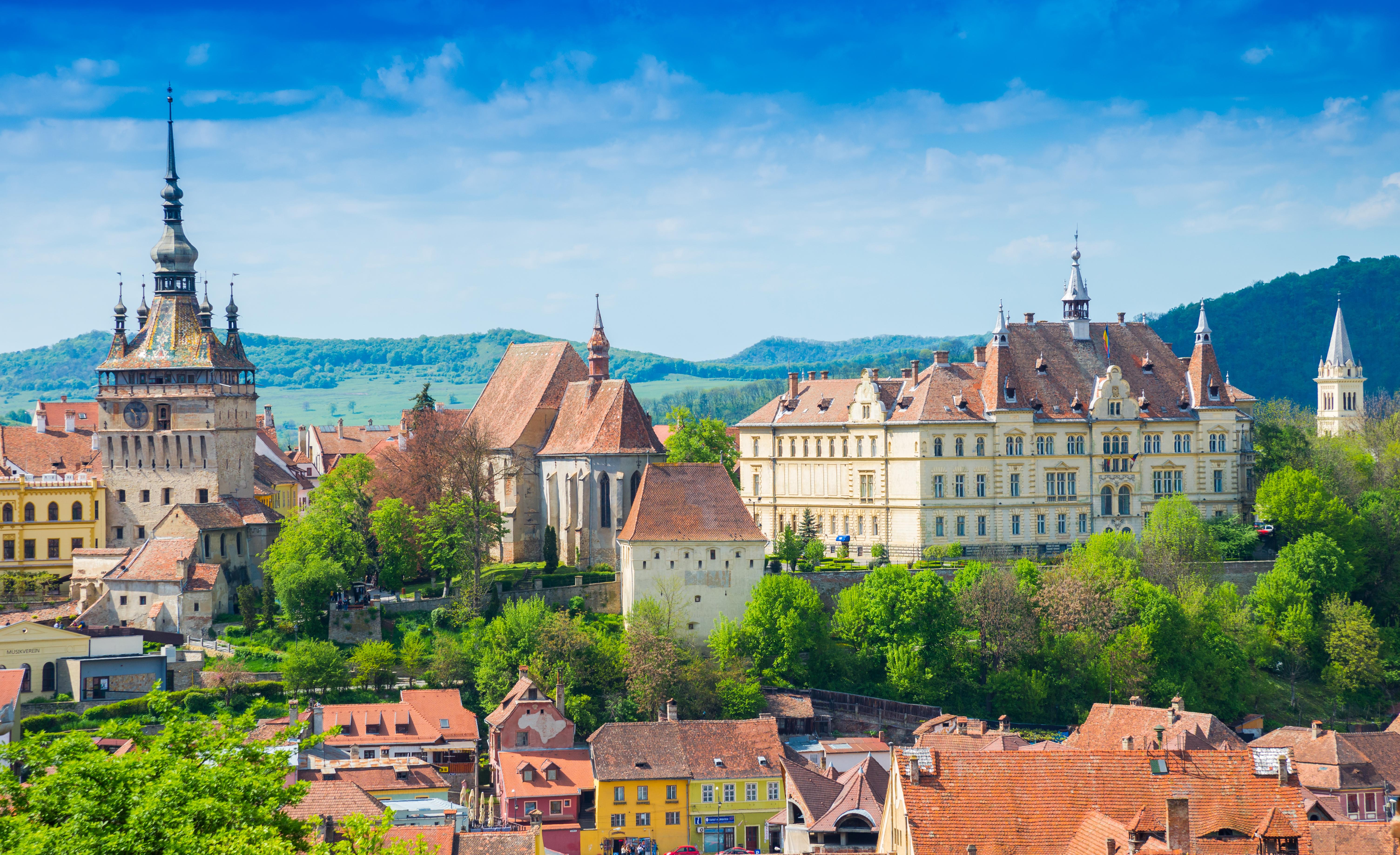 Здания румынского города, в который нужна виза Румынии