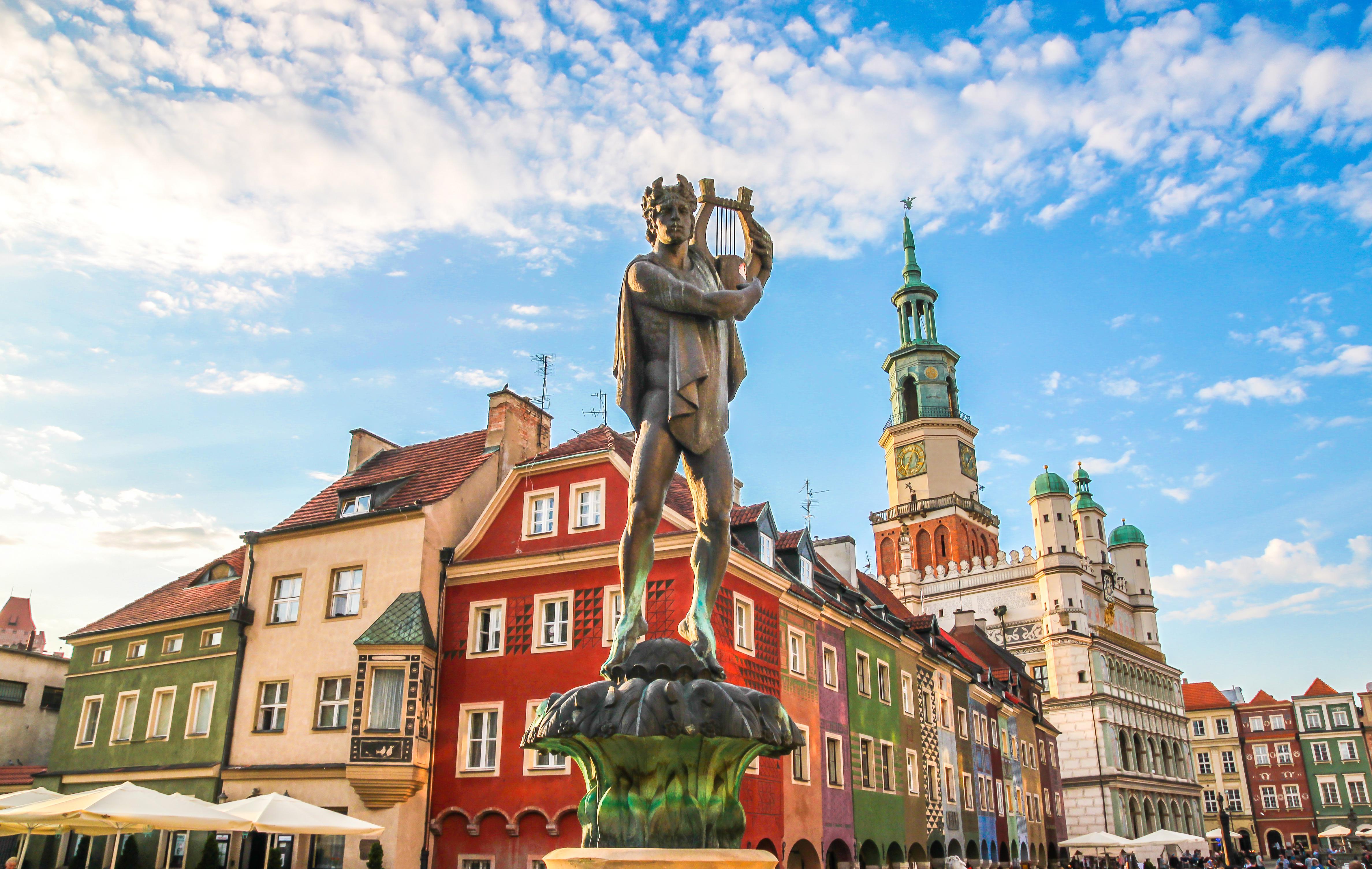 Статуи, незаурядные здания и другие достоинства жизни в Польше по карте поляка