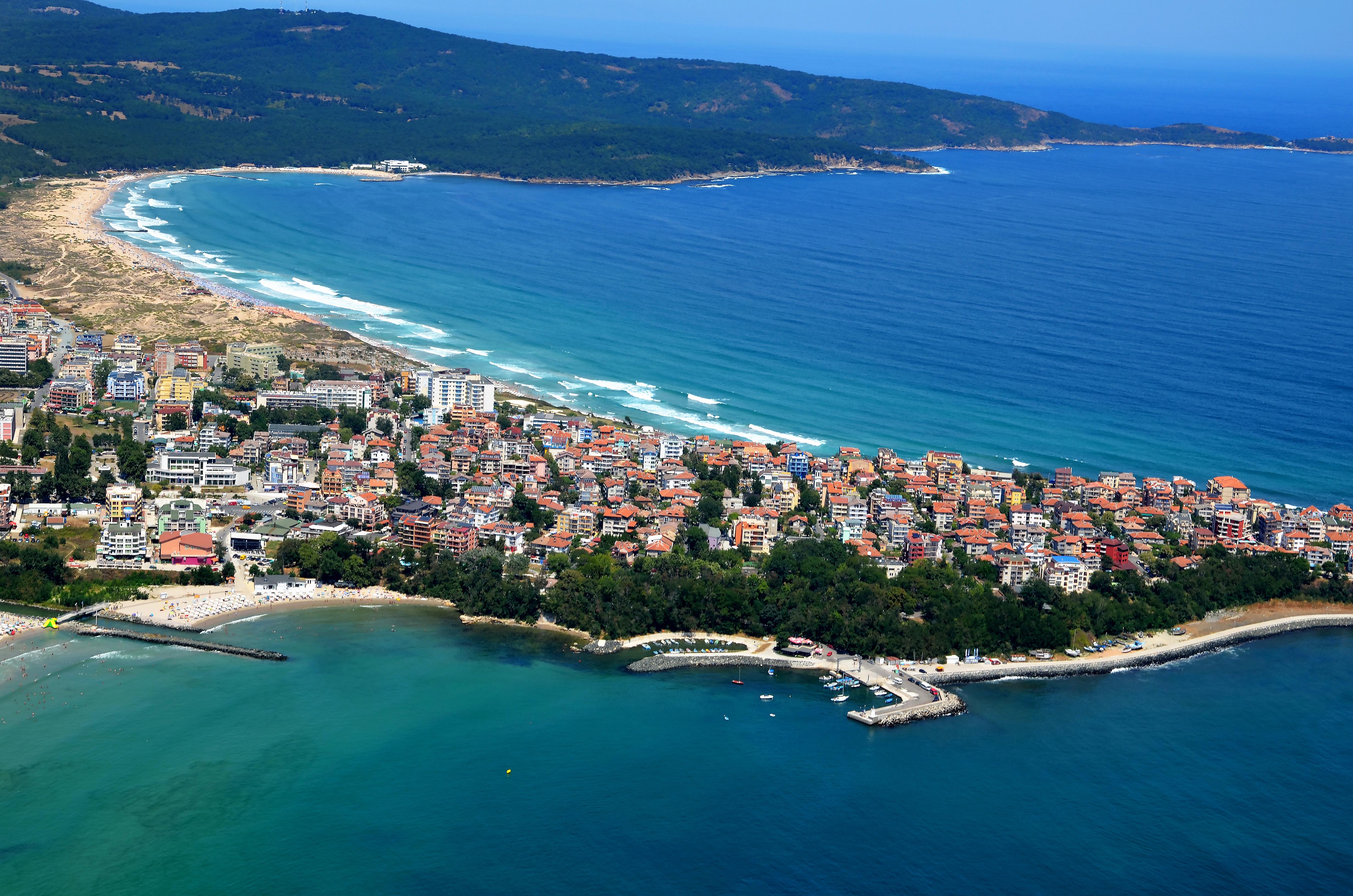 Приморско в Болгарии, ПМЖ которой могут получить иностранцы