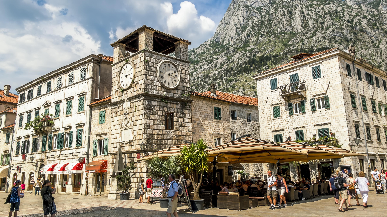 Внж в Черногории через инвестиции в недвижимость