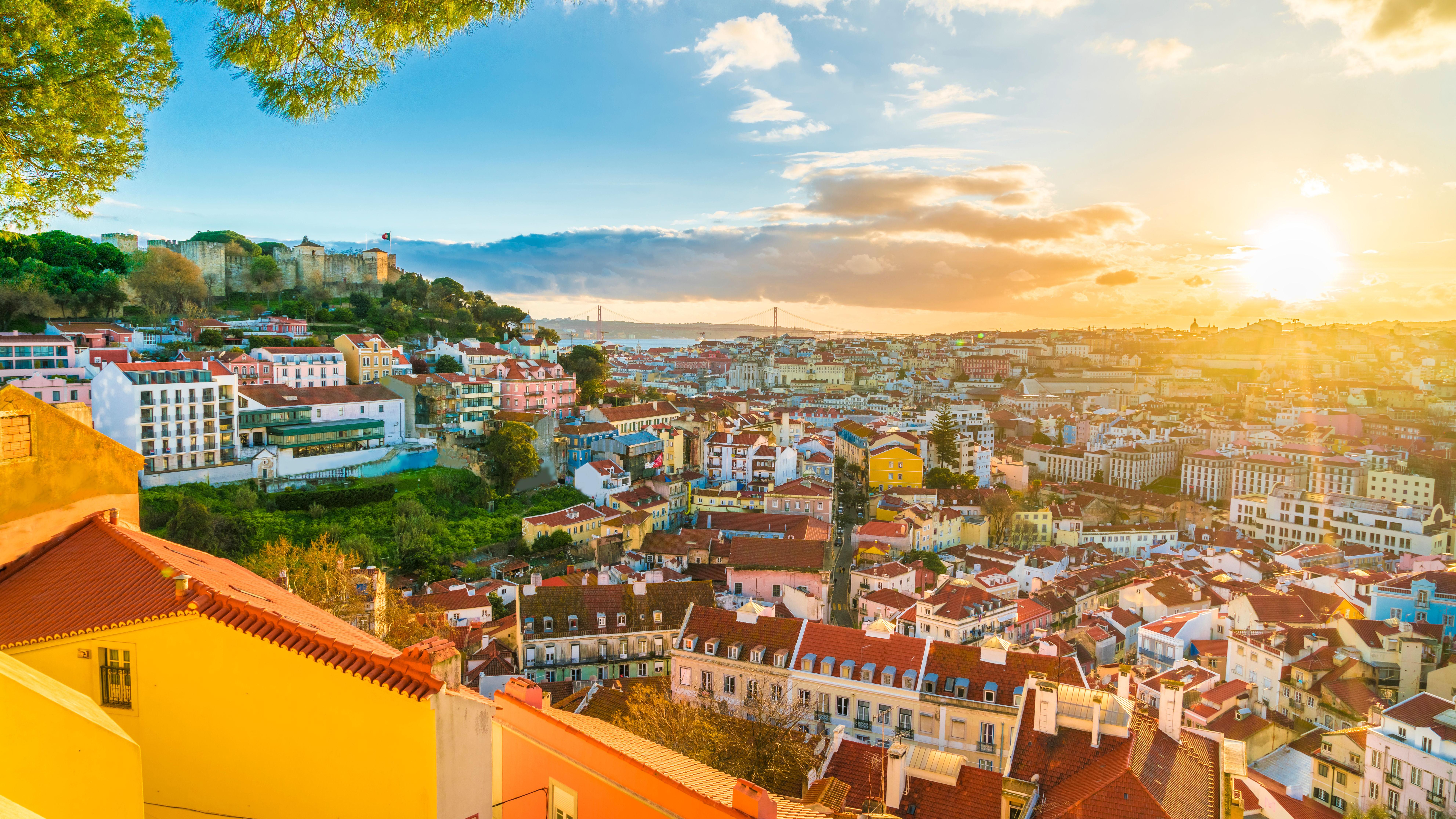 Вид на жительство Португалии через покупку недвижимости